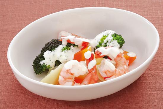 えびと温野菜のヨーグルトサラダ